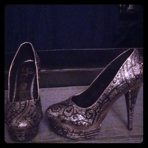 Promise dress shoes